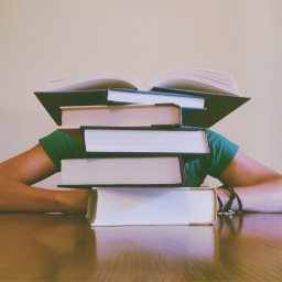 7 Tips On Surviving College